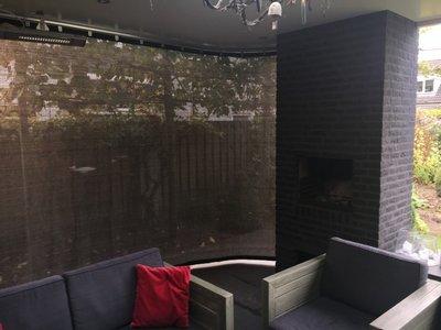 Verandadoek met schuif/railsysteem breed 400cm x hoog 200-240cm