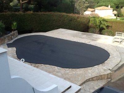 180 gram Maatwerk waterdoorlatend zwembaddoek